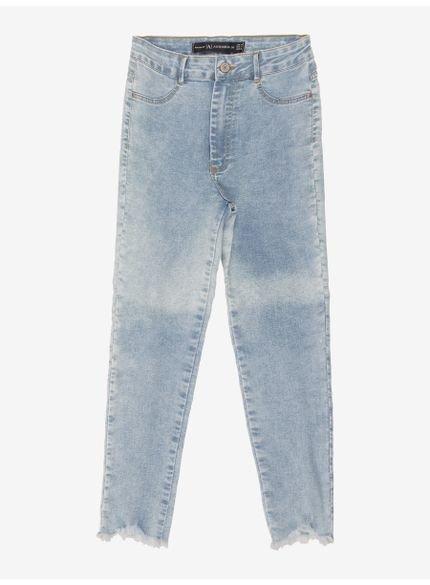 calca jeans juvenil azul claro barra desfiada authoria look