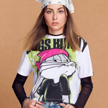 Camiseta Juvenil Feminina Pernalonga Branca detalhe